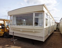 Innovative Berth Static Caravan For Hire At Shorefield Country Park