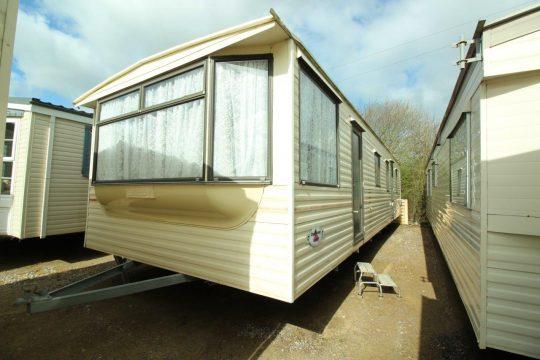 2292 Carnaby Chardonney (1)