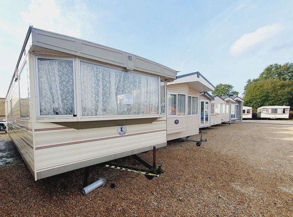 selling static caravans privately in a showground